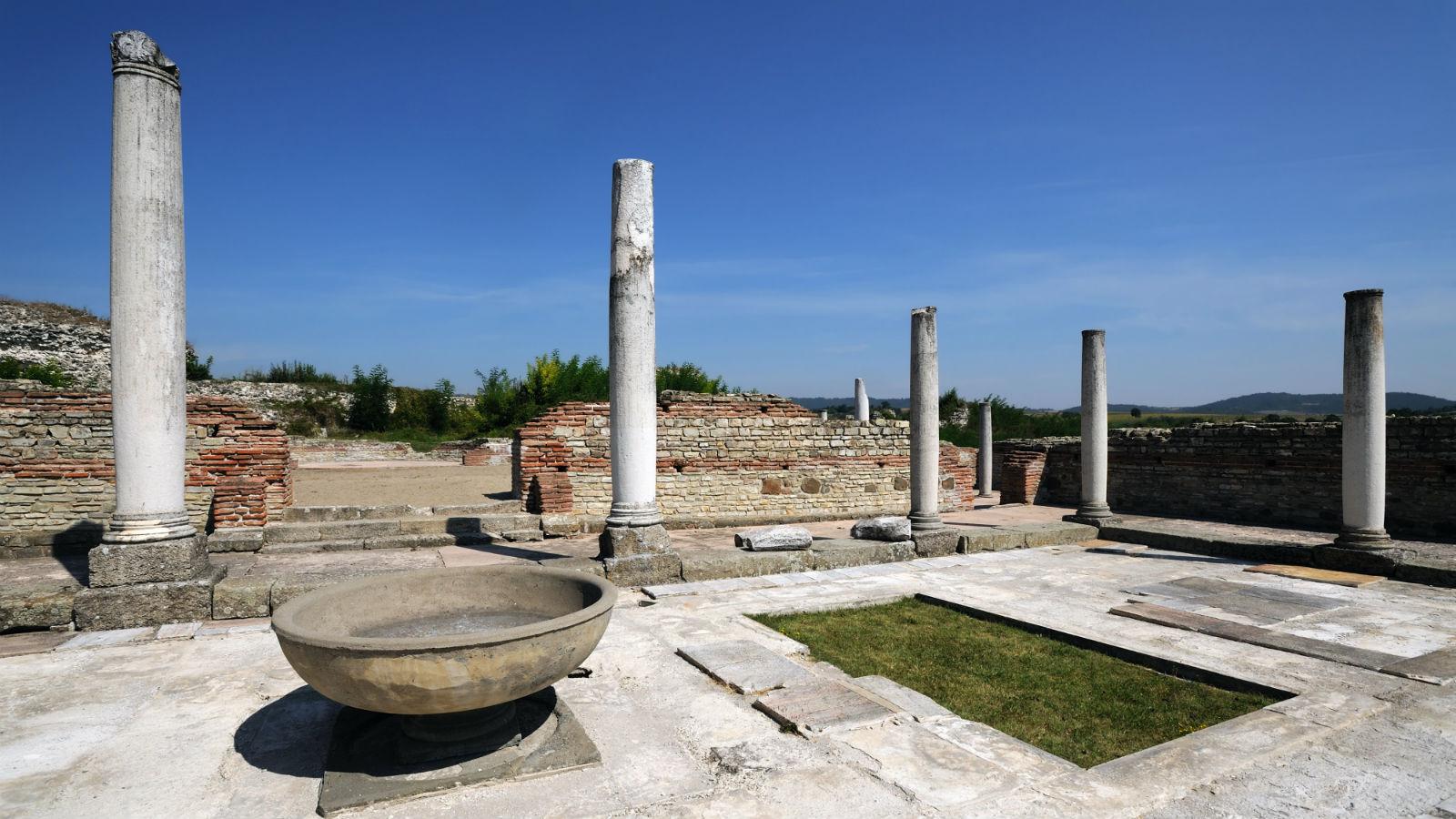 Feliks Romulijana - rimska tvrdjava koju morate obići